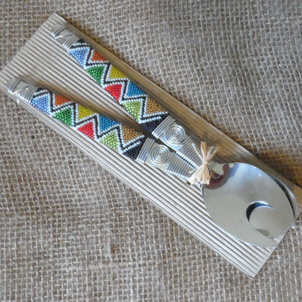 Stainless-steel-salad-spoons-with-patterned-beaded-handles