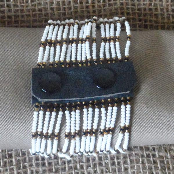 BcMw-Maasai-bead-leather-bracelet-for-sale-bazaar-africa