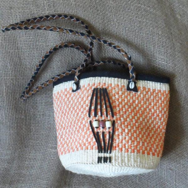 Bks11-Kenyan-kiondo-handbag-handmade-of-sisal-with-leather-handles-for-sale-bazaar-africa