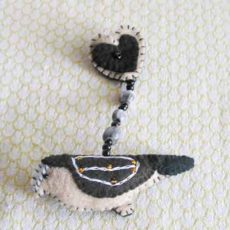 BrZbb-bird-and-heart-Felt-handsewn-brooch-south-africa-for-sale-bazaar-africa