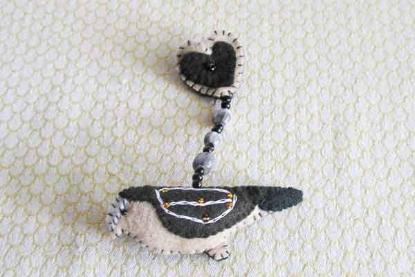 BrZbb-bird-and-heart-Felt-handsewn-brooch-south-africa-for-sale-bazaar-africa