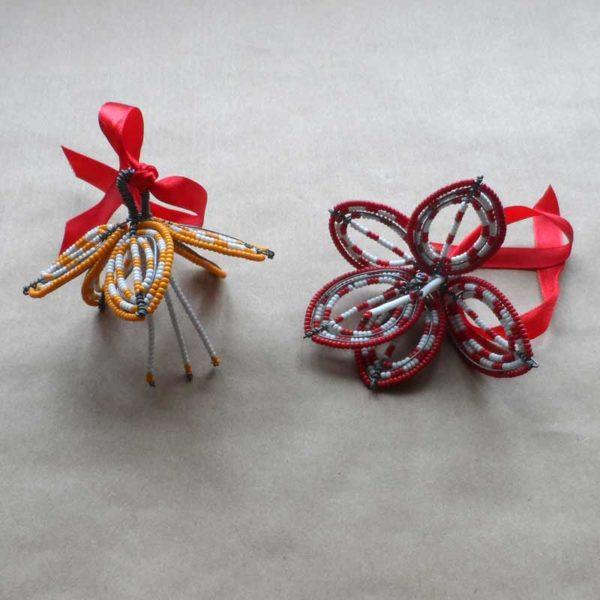 Christmas-beaded-hibiscus-decoration-for-bazaar-africa