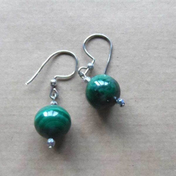 EaCBms-malacite-earrings-single-ball-on-silver-wire