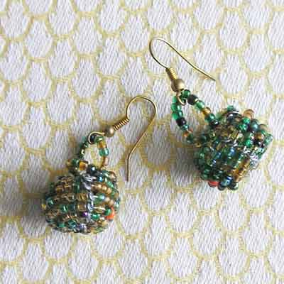 EaMgb-small-gold-bead-baskets-earrings-for-sale-bazaar-africa