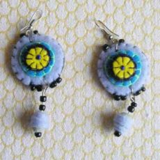 EaZlb-Felt-disc-handsewn-earrings-for-sale-bazaar-africa