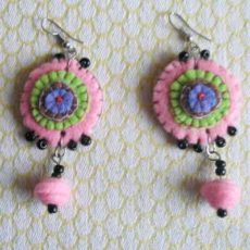 EaZsp-Felt-disc-handsewn-earrings-for-sale-bazaar-africa