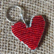 KYBh-keyring-beaded-heart-wire-South-African-for-sale-bazaar-africa