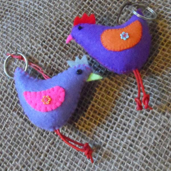 KYfh-felt-hen-hand-sewn-key-ring-for-sale-bazaar-africa