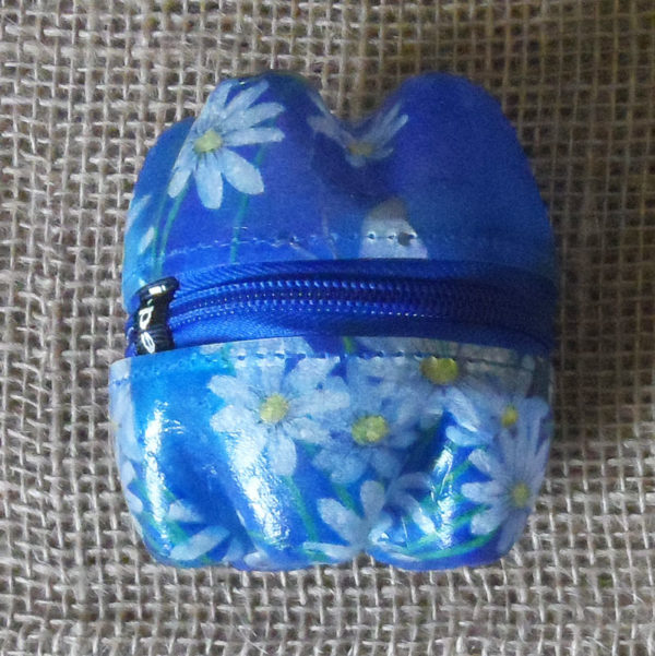 Kkszf4-kliketyklikbox-flowery-small-zipped-container-handmade-from-recycled-bottles-for-sale-bazaar-africa