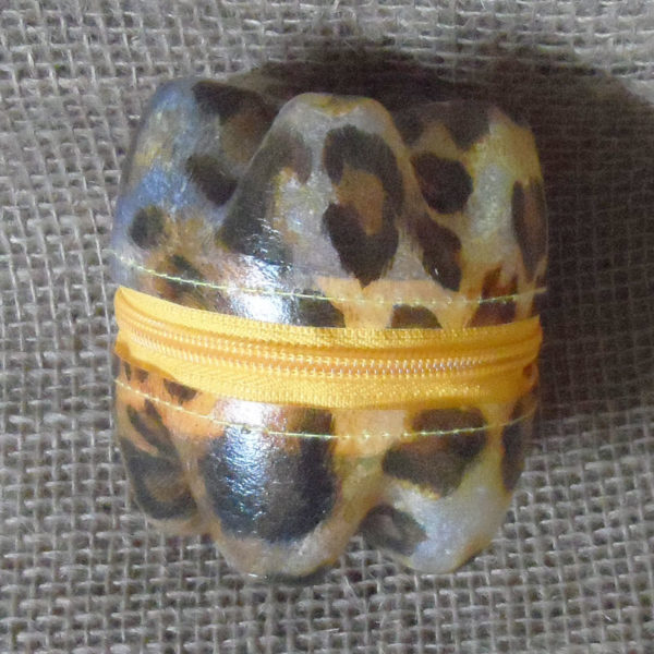 Kkszp1-kliketyklikbox-patterned-small-zipped-container-handmade-from-recycled-bottles-for-sale-bazaar-africa