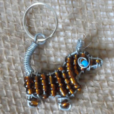 Kysd-little-dog-keyring-beaded-wire-South-African-for-sale-bazaar-africa