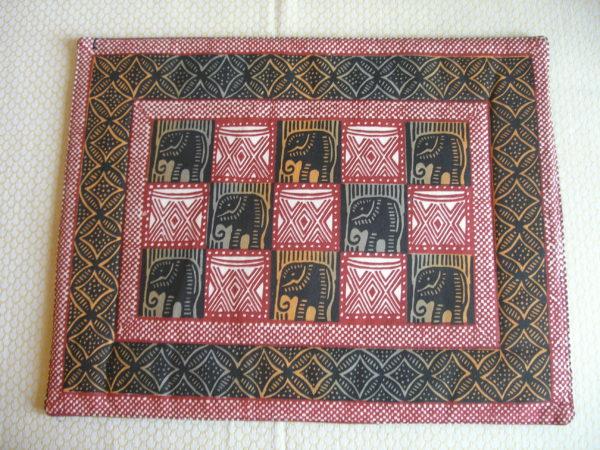screen-print-geometric-cotton-pair-place mats from Zimbabwe