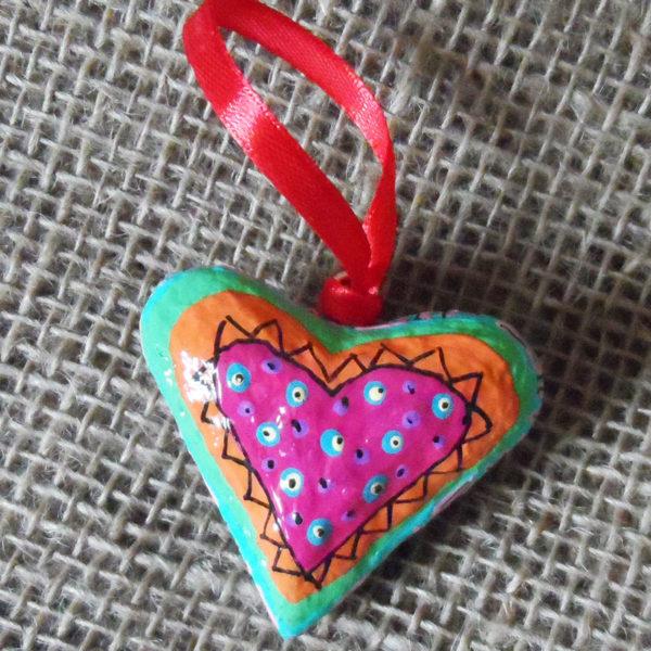 PMZh5-papier-mache-heart-hand-painted-Swaziland-for-sale-bazaar-africa