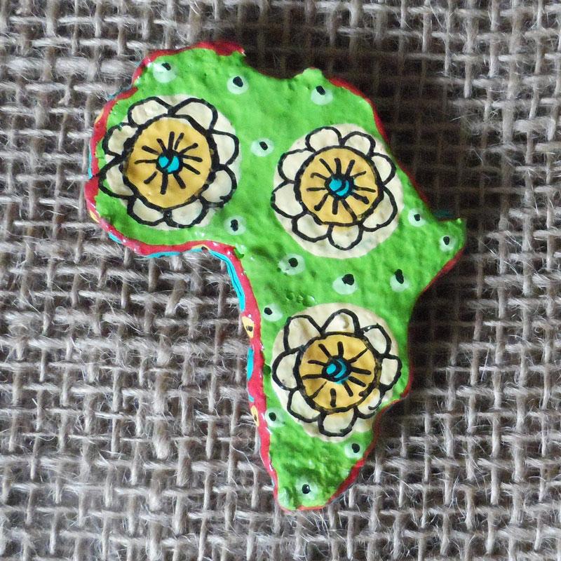 PMZm1-papier-mache-magnet-hand-painted-Swaziland-for-sale-bazaar-africa