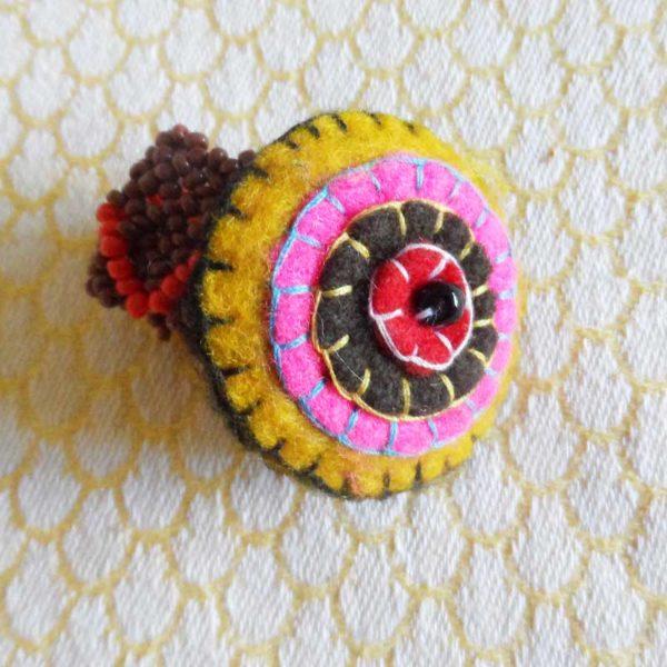 RiBm-Handsewn-felt-disc-ring-south-african-for-sale-bazaar-africa