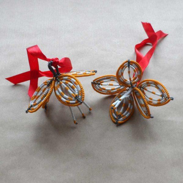 Xhyi-Christmas-beaded-hibiscus-decoration-for-bazaar-africa