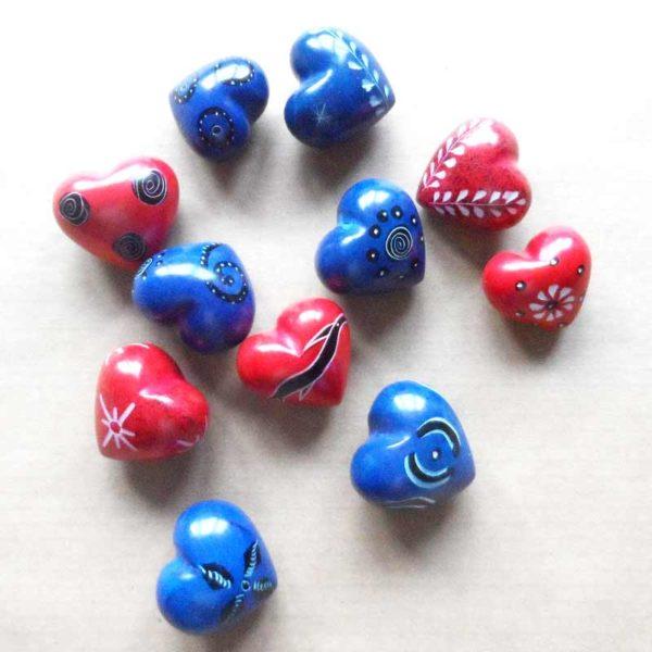 heart-soapstone-patterned-for-sale-bazaar-africa
