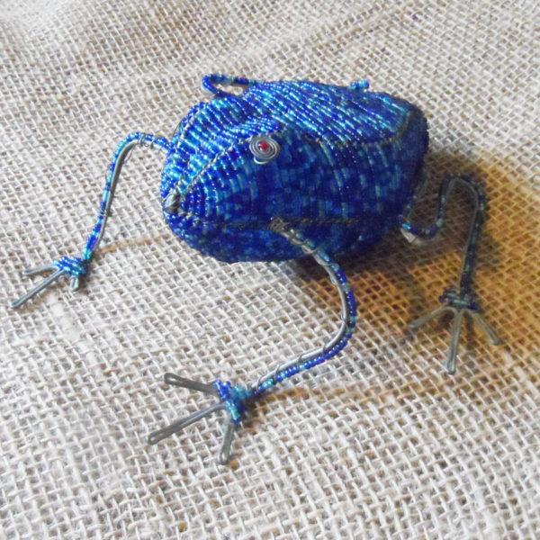 BAfb-beaded-3D-blue-frog-on-wire-frames-for-sale-bazaar-africa.jpg