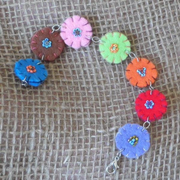 BcZkid-felt-bead-disc-bracelet-for-sale-bazaar-africa