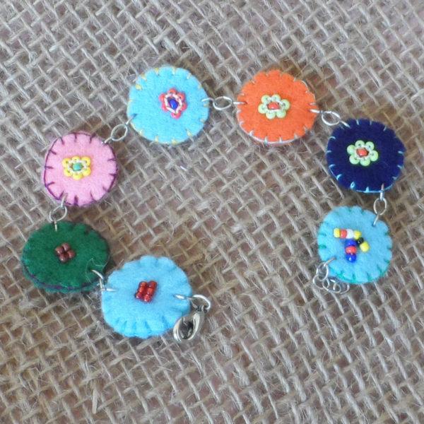 BcZkid3-felt-bead-disc-bracelet-for-sale-bazaar-africa