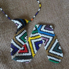 IGt-beaded-tie-for-sale-bazaar-africa