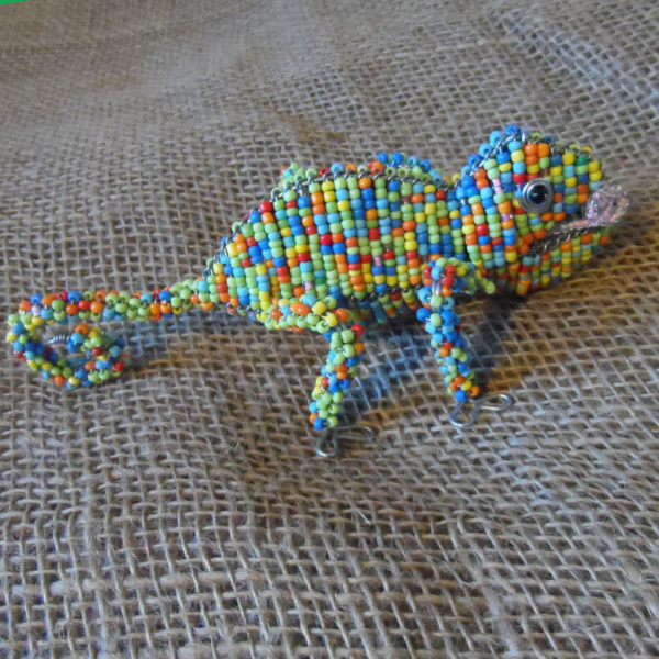 BAScg-Beaded-3D-animals-chameleon-on-wire-frames-for-sale-bazaar-africa