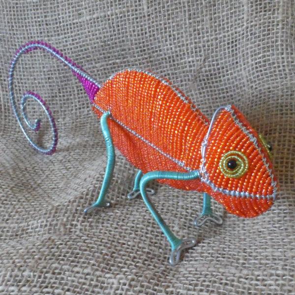 BAico-beaded-3D-chameleon-on-wire-frames-for-sale-bazaar-africa