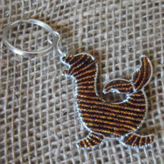 KYisl-flat-keyring-beaded-seal-wire-South-African-for-sale-bazaar-africa.jpg