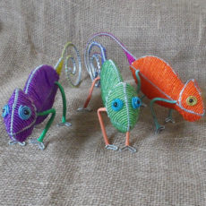 beaded-3D-chameleon-on-wire-frames-for-sale-bazaar-africa