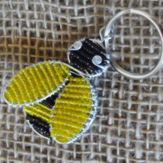 KYSb-flat-keyring-beaded-bee-wire-South-African-for-sale-bazaar-africa