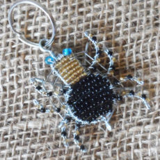 KYSsw-flat-keyring-beaded-spider-wire-South-African-for-sale-bazaar-africa