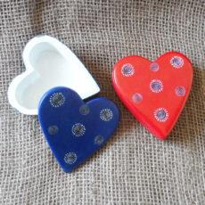 Soapstone-heart-box-hand-carved-in-Kenya-for-sale-bazaar-africa