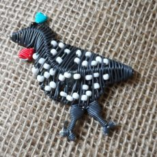 MGASgf-Magnets-telephone-wire-animals-guinea-fowl-for-sale-bazaar-africa