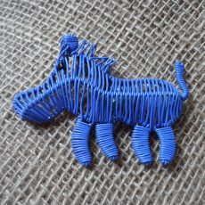 MGASwl-Magnets-telephone-wire-animals-lilac-warthog-for-sale-bazaar-africa