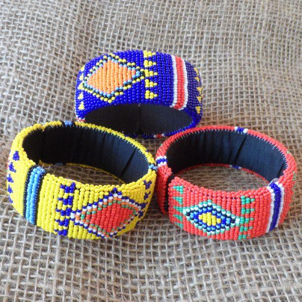 bangles-bright-beaded-diamonds-Zulu-geometric-for-sale-bazaar-africa