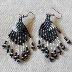 EaEAbs-Zulu-dangling-seed-bead-earrings-for-sale-bazaar-africa