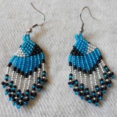 EaEAbsb-Zulu-dangling-seed-bead-earrings-for-sale-bazaar-africa