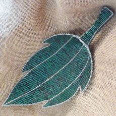 Leaf-South-African-beaded-leaf-dish-for-sale-bazaar-africa